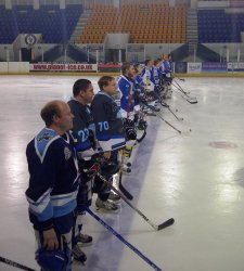 Honey Badgers line up on the blue line. Photo courtesy of Dave Adey